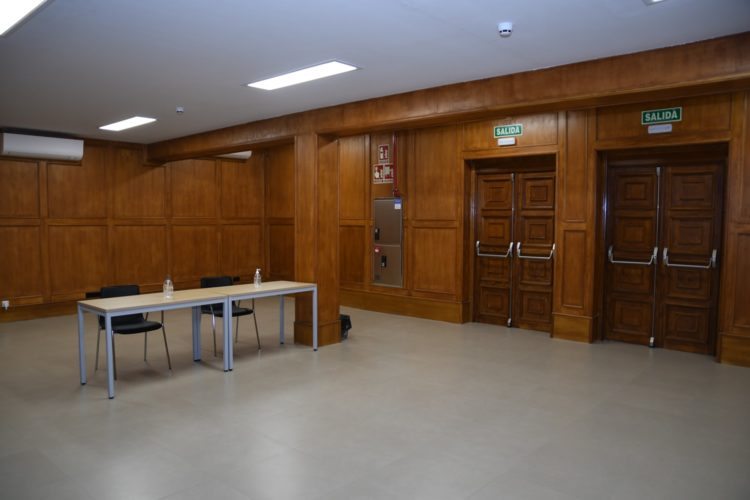 Salón de Actos Tomás Alvira (1)